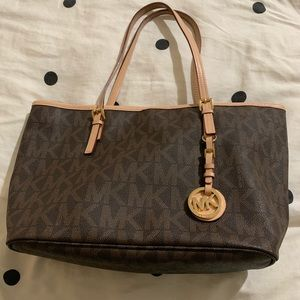 Michael Kors Jet Set Travel Classic Monogram Tote